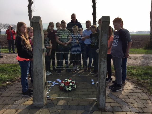 De Elsakker herdenkt oorlogsslachtoffers